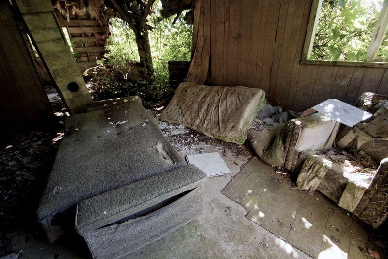 Ruins of an abandoned house at Mamalilikulla on Village Island. Photo © Katya Palladina