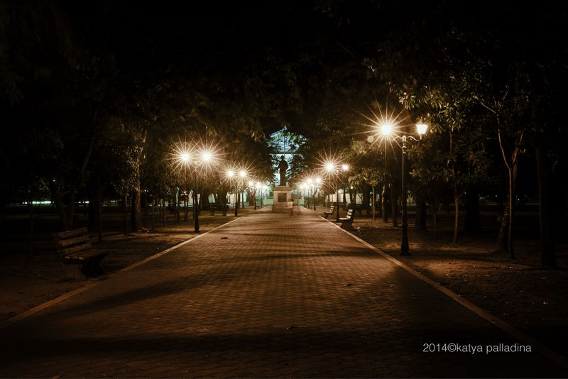 A park and statue in front of the provincial government building commemorates the late governor Aguedo Agbayani, Viktoria's father. Image copyright 2014 Katya Palladina