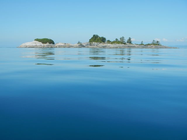 Crossing to the White Cliff Islets.