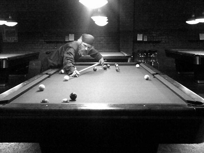 Dubside playing pool