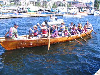 Just Wanted To Post A Few Pictures From The Lake Union Wooden Boat Festival 2007 An Umiak Skin On Frame St Lawrence River Equipped With Drop In